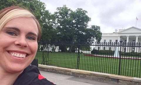 erin in front of white house